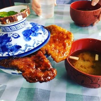 秘密のケンミンショー白孔雀食堂ソースカツ丼